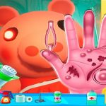 Piggy Hand Doctor Fun Games for Girls Online